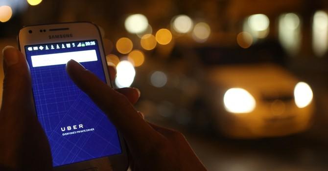 """Uber """"chết"""" ở Trung Quốc, sống khỏe ở Việt Nam?"""