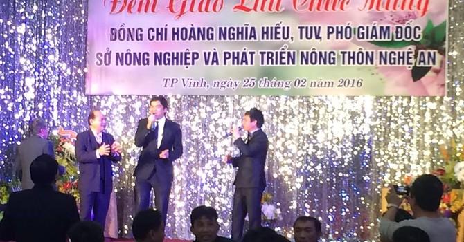 Bí thư Nghệ An yêu cầu xử lý vụ mở tiệc mừng Phó giám đốc Sở