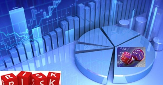 """""""Tỷ giá rủi ro đáng kể, lãi suất còn nhiều dư địa chính sách"""""""