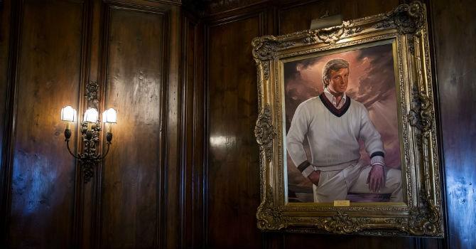 """Quản gia lâu năm tiết lộ """"đời tư"""" của Donald Trump"""