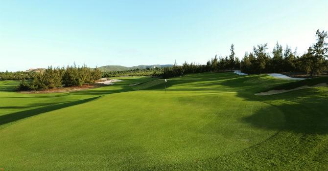 Gần 200 golf thủ dự giải đấu khai sân FLC Quy Nhơn Golf Links