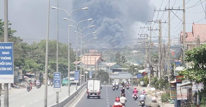 Chợ Hóa An cháy lớn