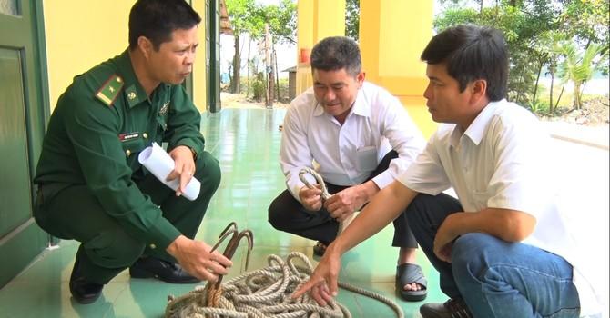 Ngư dân Cửa Việt lại tố tàu Trung Quốc phá lưới