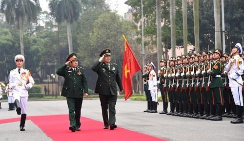 Bộ trưởng Bộ Quốc phòng Trung Quốc thăm Việt Nam
