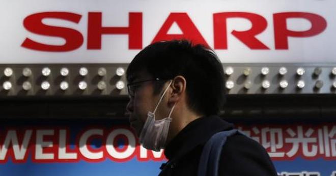 Foxconn chốt thương vụ thâu tóm Sharp vào 31/3