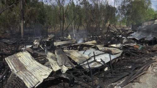 Chín căn nhà ở Cà Mau bị cháy rụi trong 30 phút