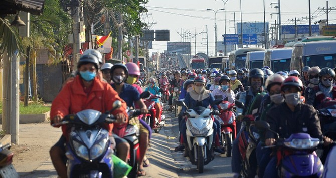 """90 triệu dân Việt đã mang lại lợi nhuận """"như mơ"""" cho Honda, Yamaha, Piaggio"""