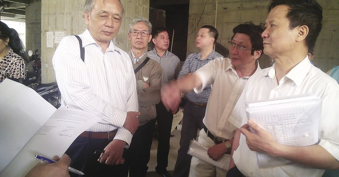 """Dự án chung cư Hattcoco - 110 Trần Phú: Khách hàng lo """"thả gà ra đuổi""""!"""