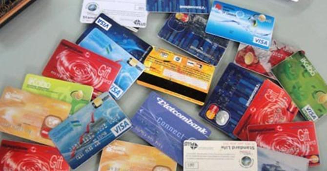 Chuẩn bị hàng trăm thẻ ATM giả từ Trung Quốc vào Việt Nam rút tiền