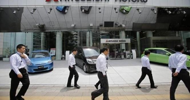 Cổ phiếu Mitsubishi Motors lao dốc kỷ lục sau bê bối gian lận