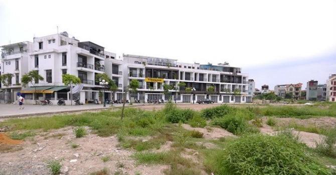 """Địa ốc 24h: Bỏ hàng tỷ đồng mua biệt thự """"ba không"""" ở Hà Nội"""