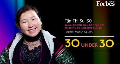 Cô gái người Mông được Forbes Vietnam vinh danh