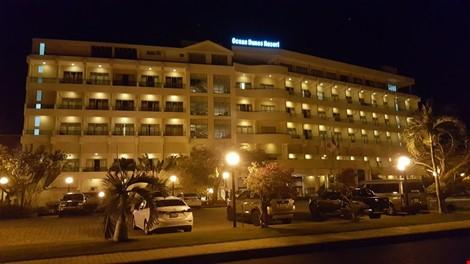 Bình Thuận: Chưa quyết định đập bỏ khách sạn do tỷ phú Mỹ xây