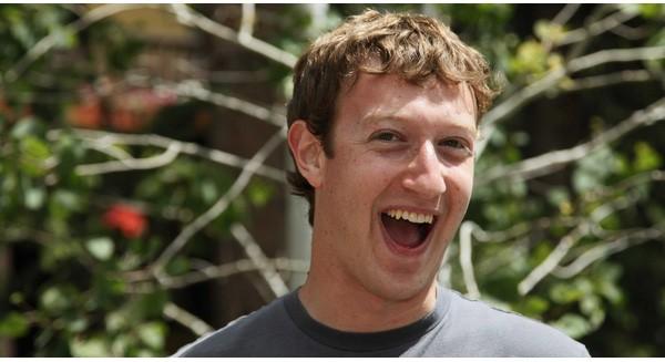 Mỗi ngày ông chủ Facebook kiếm được tới 4,4 triệu USD
