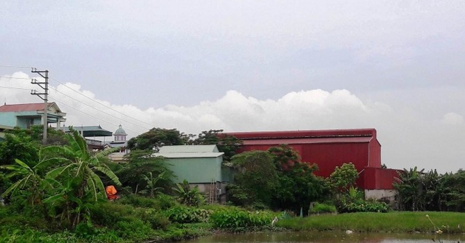 Hà Nội: La liệt nhà xưởng mọc trên đất nông nghiệp tại huyện Thanh Oai