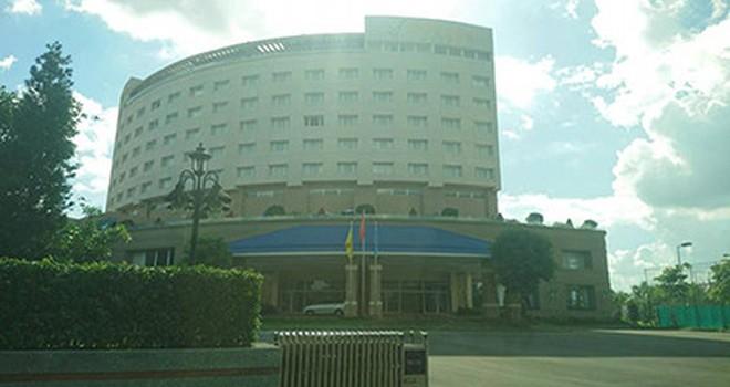 Bán khách sạn vì ngân sách bù lỗ mỗi tháng nửa tỷ