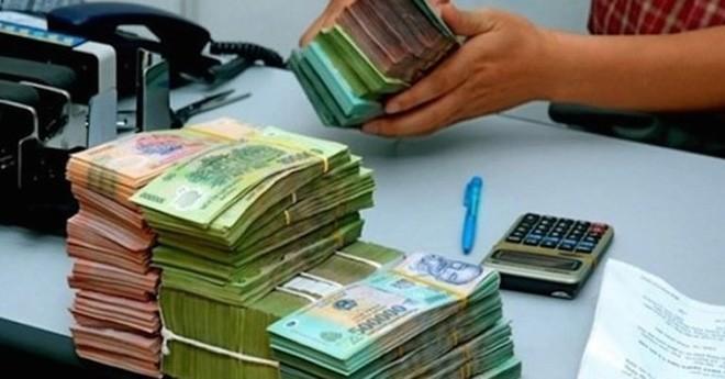 Từ nay đến cuối năm người gửi tiền khó được hưởng lãi suất cao, vì sao?