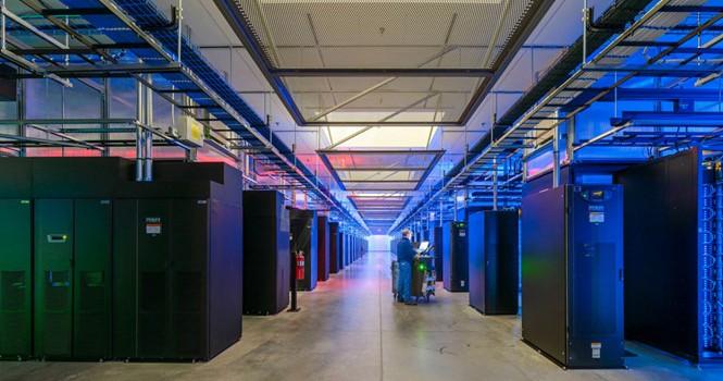 Khám phá phòng thí nghiệm bí mật của Facebook