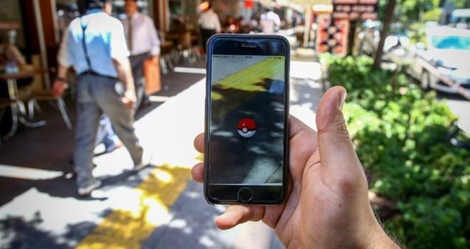 Dân chơi hốt bạc nhờ bán tài khoản Pokemon Go