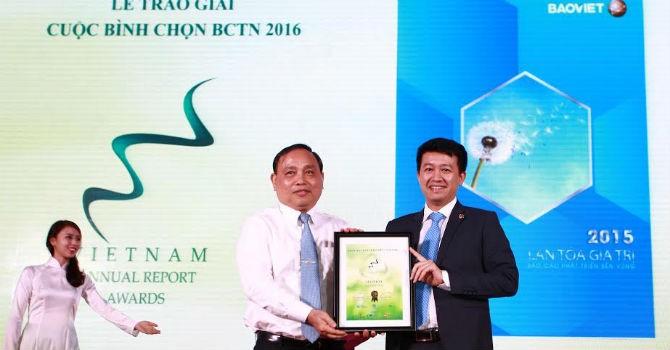Tập đoàn Bảo Việt đạt giải đặc biệt tại lễ trao giải bình chọn báo cáo thường niên 2016