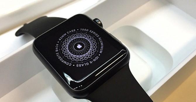 Apple Watch hiếm hàng, dấu hiệu phiên bản mới sắp xuất hiện?