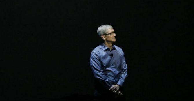 CEO Apple Tim Cook chỉ tin tưởng lời khuyên từ 5 người, họ là ai?