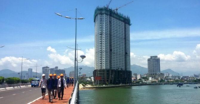 Địa ốc 24h: Quy hoạch cho xây 40 tầng, Mường Thanh Khánh Hòa lén xây 47 tầng