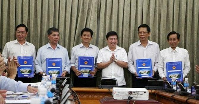 TP.HCM tái bổ nhiệm 18 lãnh đạo sở, ngành