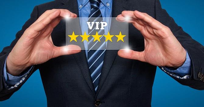 Vì sao khách hàng VIP lại hay mất tiền trong tài khoản ngân hàng?