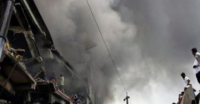 Cháy nhà máy, 15 người chết thảm