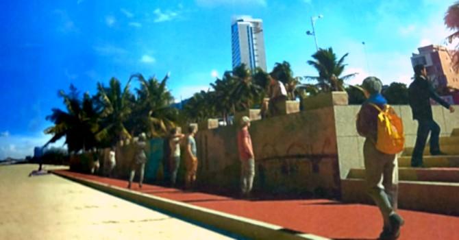 Đà Nẵng trang trí bờ kè bãi biển bằng tranh gốm nghệ thuật