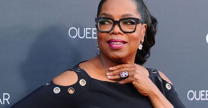 """8 bài học kinh doanh từ """"nữ hoàng truyền hình"""" Oprah Winfrey"""