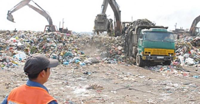 Nên xử lý mùi hôi ở bãi rác Đa Phước bằng công nghệ vi sinh