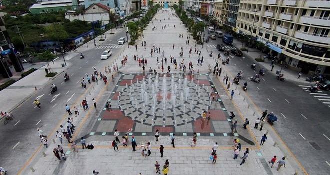 """Chân dung """"đại gia"""" sở hữu gần 1/3 đất vàng Nguyễn Huệ"""