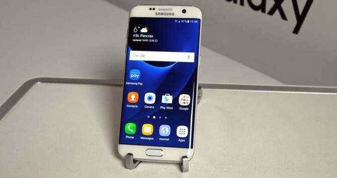 Galaxy S7 edge bất ngờ bán chạy tại Việt Nam