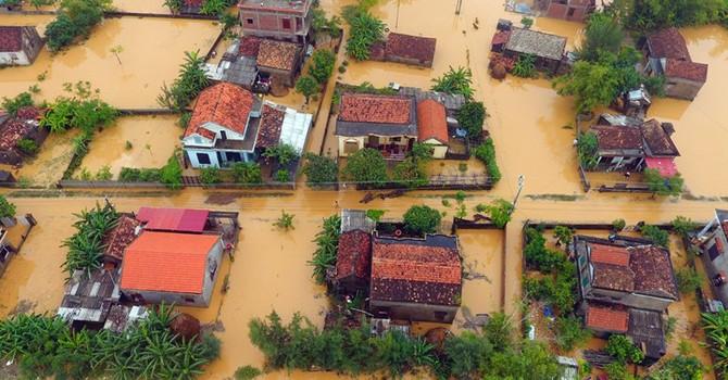 Hơn 20.000 ngôi nhà chìm nghỉm trong nước nhìn từ trên cao