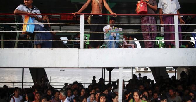 Chìm phà ở Myanmar, 25 người chết, nhiều người mất tích