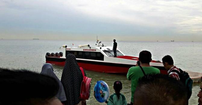 Chìm tàu ngoài khơi Indonesia, ít nhất 21 người thiệt mạng