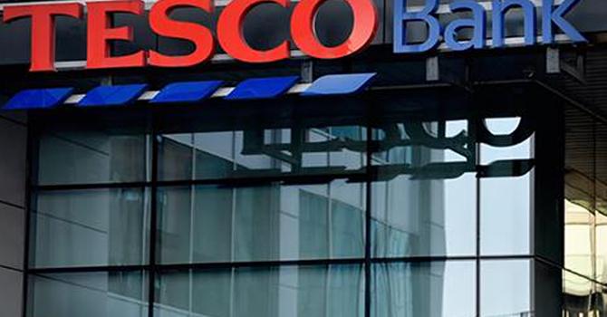 Ngân hàng Anh phải ngừng mọi giao dịch trực tuyến vì bị tấn công