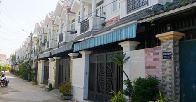 Địa ốc 24h: Dân Sài Gòn chuộng nhà phố xây sẵn, giá tăng cả trăm triệu đồng