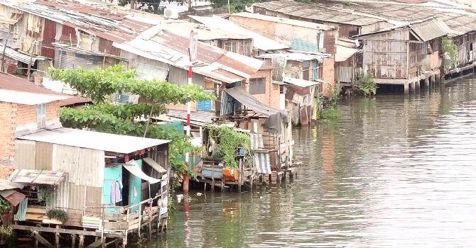 """Đến năm 2020, TP.HCM sẽ """"xóa sổ"""" 20.000 căn nhà ven kênh rạch"""