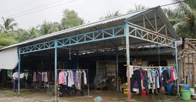 Xây chợ bỏ hoang