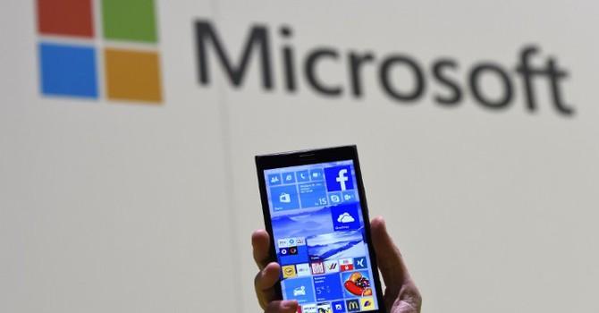 Microsoft hợp tác HP phát triển smartphone chạy Windows 10