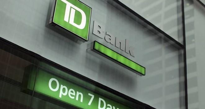 Ngân hàng Canada đối phó với báo động đỏ từ thị trường địa ốc