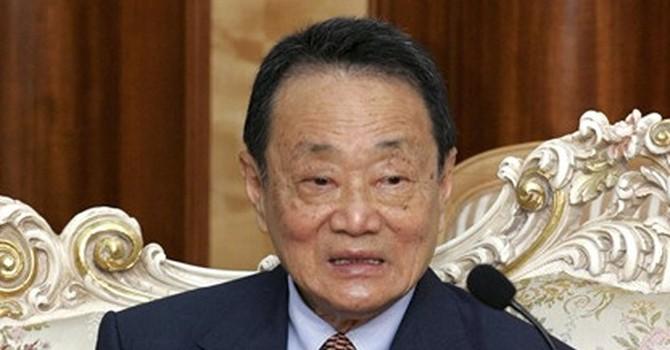 """Robert Kuok: """"Vua đường châu Á"""" sở hữu hàng chục doanh nghiệp khổng lồ"""