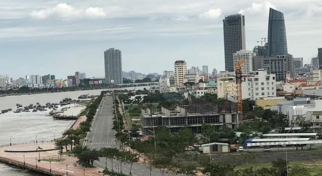 Cận cảnh cao ốc thương mại đồ sộ không phép ngay giữa trung tâm thành phố Đà Nẵng