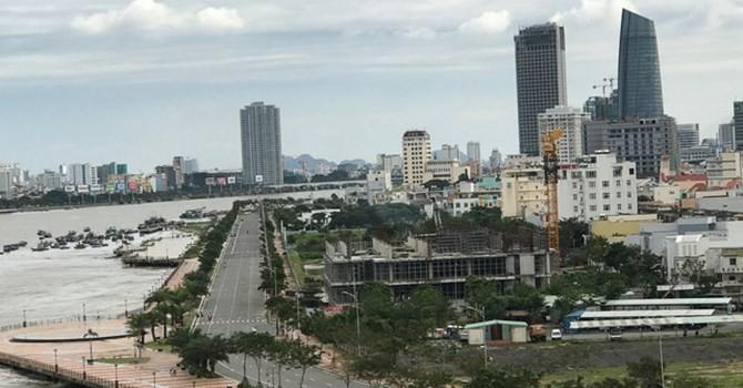 """Địa ốc 24h: Ngang nhiên """"xây chui"""" cao ốc 33 tầng ngay trung tâm Đà Nẵng"""