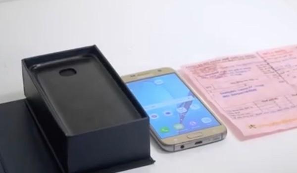 Bị lừa mua Samsung S7 nhái kèm hóa đơn của Thế giới Di động