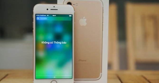 Xuống mức 13 triệu, iPhone 7 khóa mạng bắt đầu hút khách