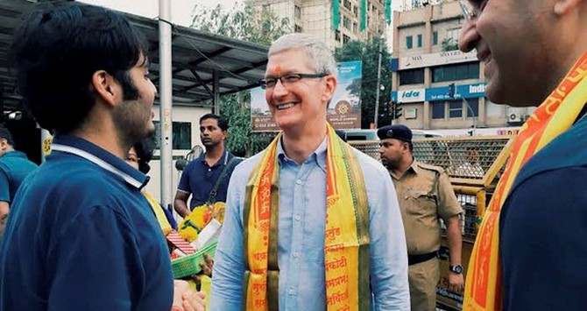 Người Ấn mua hơn 100.000 iPhone trước khi đổi tiền